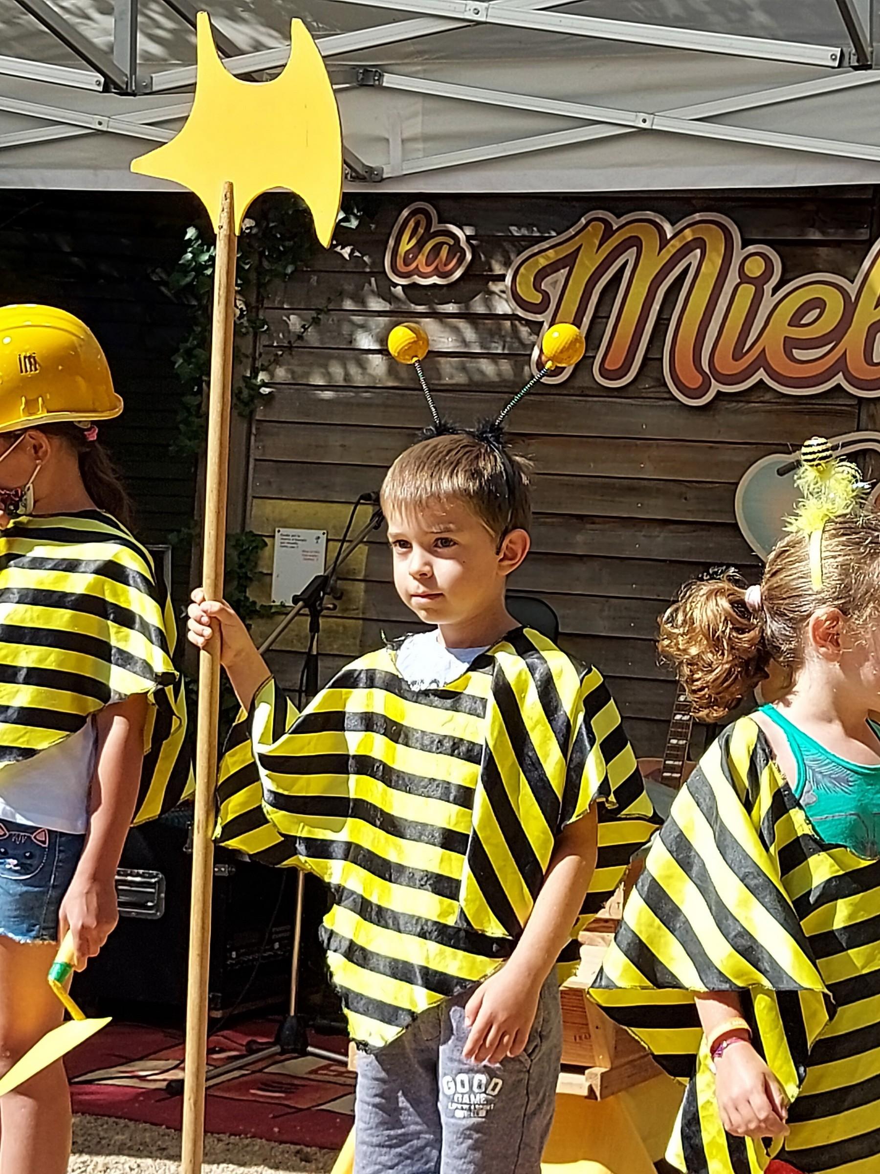Serieuse l abeille gardienne